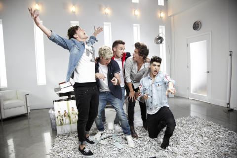 "One Direction slår nytt rekord på YouTube med ""Best Song Ever"""
