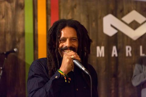 House of Marley stödjer Friends kamp mot mobbning