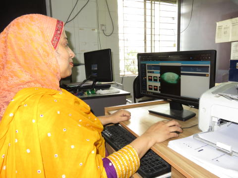 The Gynocular in use at Department of Colposcopy/BSMMU in Bangladesh.