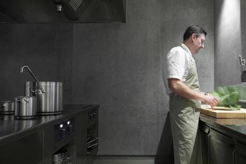 Dekton® by Cosentino i samarbeid med den danske  Michelin-stjerne restauranten Ti Trin Ned