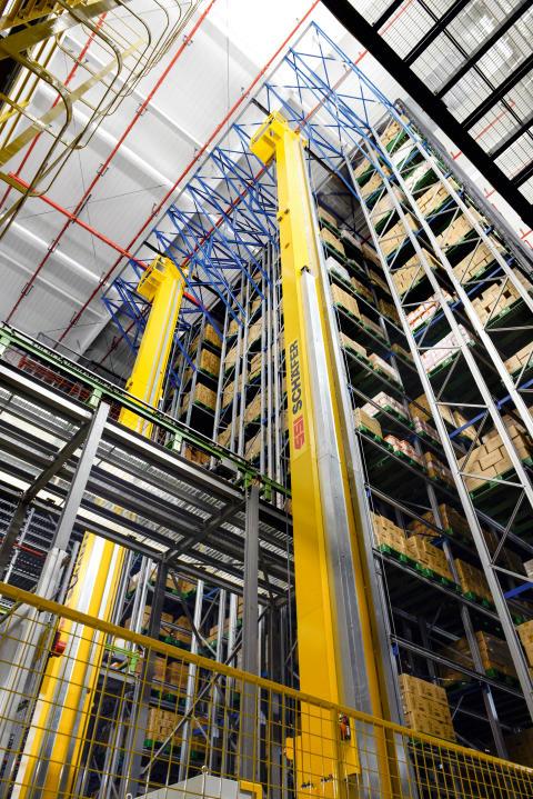 I det automatiske højlager opbevares bufferbestanden på paller