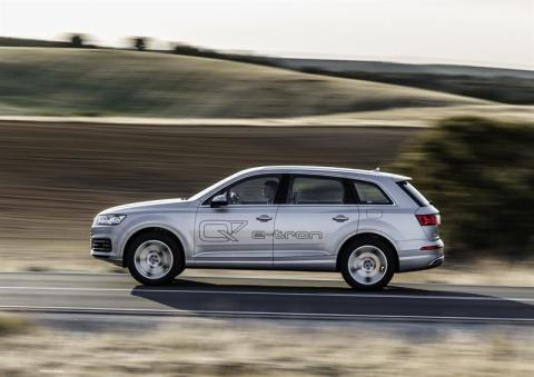Audi Q7 e-tron 3 0 TDI quattro