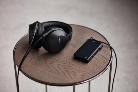 Éld át az élő zene hangulatát az új Sony MDR-Z7M2 prémium fejhallgatóval