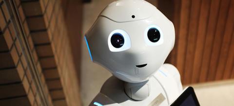 Robotterne flytter ind på hospitalerne