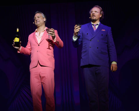 Schyffert och Lindström avslutar ÄGD – i London och New York!