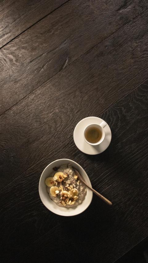 Havregrynsgröt med espresso och banan