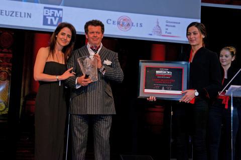 Land Rover designer vinner prisen som Årets Designer