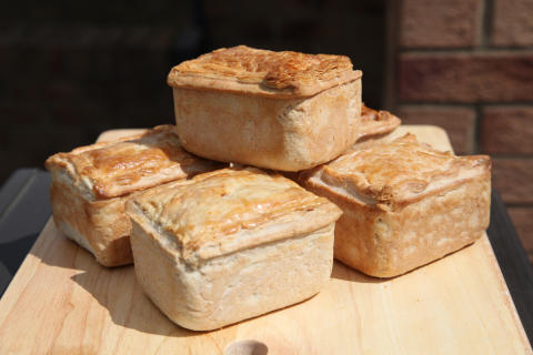 Dunkleys 'Ashdale Blade of Beef and Malbec Pie'