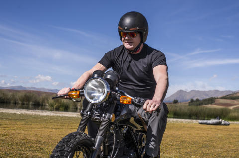 Gordon Ramsay på motorcykel i Peru