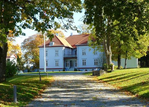 Eidsvoll 1814 jubler over nye 2014-millioner