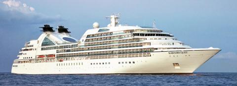 Nu börjar kryssningssäsongen – Vi hälsar lyxkryssaren Seabourn Quest välkommen till Helsingborg