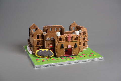 Pepperkakebakekonkurransen 2015. «Batman's mansion»