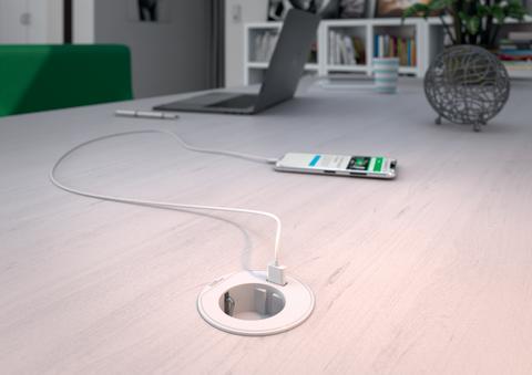 Schneider Electric lanserar nya bordsenheter för effektivare och snyggare arbetsytor utan sladdar