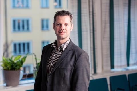 Christian Sandström uppmärksammas av Le Monde