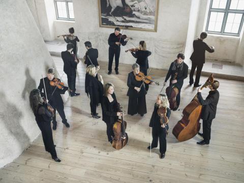 Camerata Nordica och Hugo Ticciati, ledare och solist