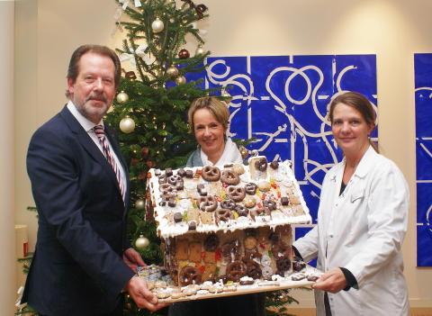 Süße Weihnachtsgrüße: Knusperhaus für Kinderpalliativzentrum Datteln