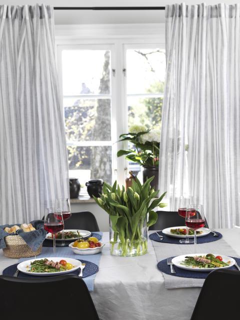 Curtain Sanna, Place mat Brandy, Cloth Stockholm, Runner Wendy