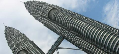 Petronas plans $20bn spend on Canada LNG