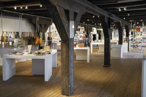 Form/Design Center Butik