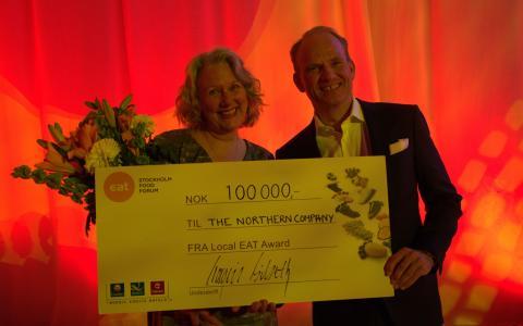 Local EAT Award-vinner, Zoe Christiansen, og administrerende direktør i Nordic Choice Hotels,Torgeir Silseth.
