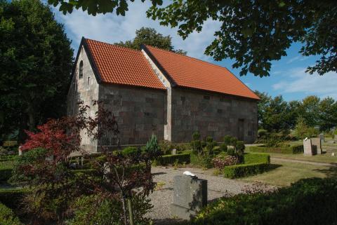Siem Kirke - en af de mindste og ældste