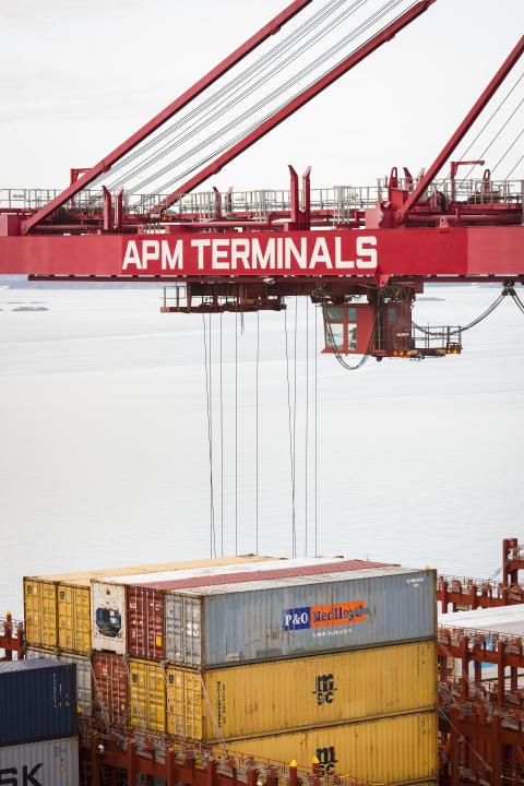 APMTerminals_Gothenburg_Lift