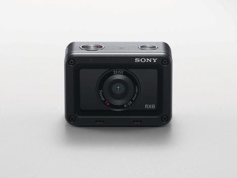 Sony lance le RX0, robuste et ultra-compact et résistant à l´eau pour une prise de vue haute qualité hors des sentiers battus