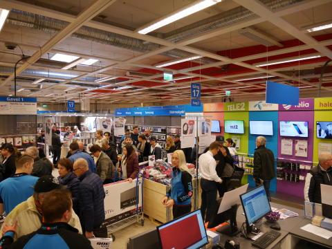 NetOnNet öppnar ny Lagershop i Östersund