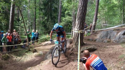 Max och Caroline svenska juniormästare i mountainbike