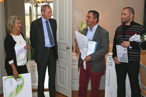 Från vänster; Eva Högdahl - Almi Företagspartner Mitt, Bo Källstrand - Landshövding Västernorrland, Rasoul Zarar Ibrahim - Rasoul Food AB, Jonas Boström - Zertus Webguard