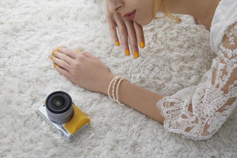 Forevige historier i strålende kvalitet med EOS M100 – Canons nye speilløse kamera med elegant design