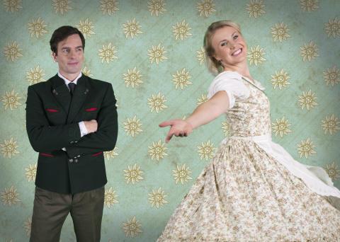 """Nu repeteras det inför Malmöpremiär! Elisa Lindström, Christopher Wollter är aktuella i """"The Sound Of Music"""" på Nöjesteatern!"""