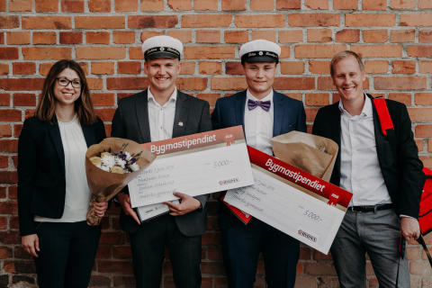 Två Västerås-elever prisades