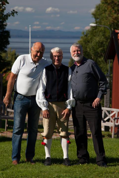 Ingvar Oldsberg och Björn Hellberg med Klockar-Per, ägare av Klockargården i Tällberg