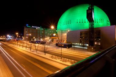 Ericsson Globe lyser grönt för Parisavtalet
