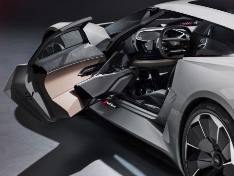 Audi PB18 e-tron (Circuit grey) cockpit til venstre med åben dør i cockpit