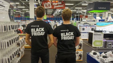 Black Friday kasvamassa koko kansan ostospäiväksi – jo 70 % suomalaisista on kuullut ilmiöstä