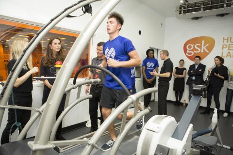 The Duchess of Cambridge, Patron of SportsAid, waches golfer Marco Penge in the enviro-lab at GSK's Human Performance Lab