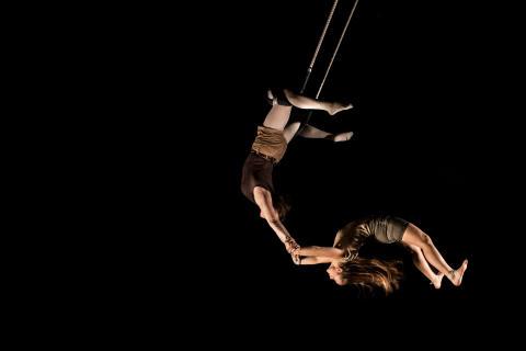 Sophie Hulthéns cirkusstipendium 2014 tilldelas Mira Leonard och Esmeralda Nikolajeff