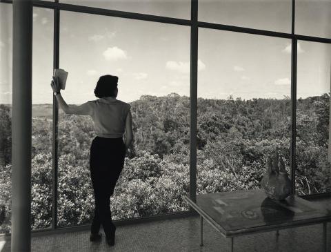 En dialog mellom Lina Bo Bardi og Sverre Fehn: Casa de Vidro vises i Fehns paviljong. Parallelt vises norske glasshus i Hvelvet.