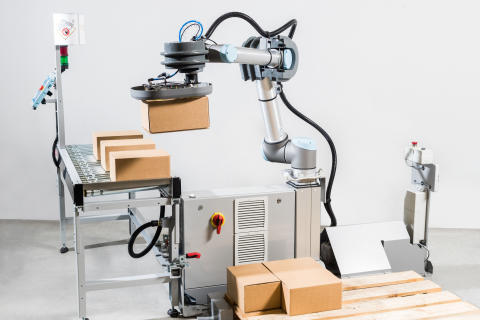 Easy palletizing with collaborative robot