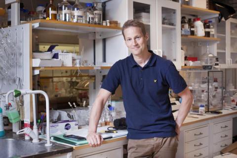 Kemiprofessor får prestigefylld medalj