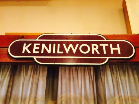 Kenilworth sign