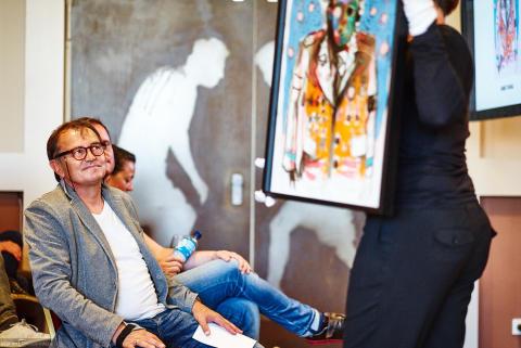 Ewald Lienen in der Millerntor Gallery