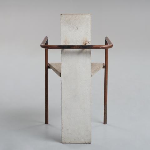 """Jonas Bohlin, karmstol """"Concrete"""", enligt uppgift den ursprungliga, utställd på Konstfack, Stockholm 1981."""