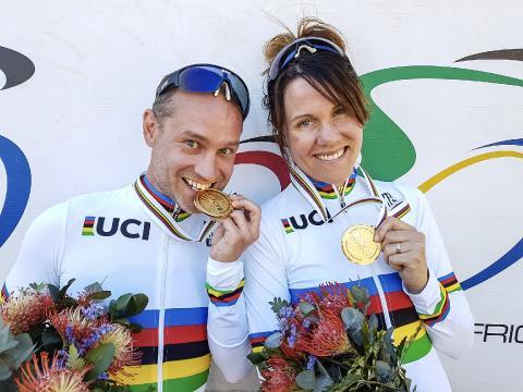 Svenska världsmästare på startlinjen i världscupen