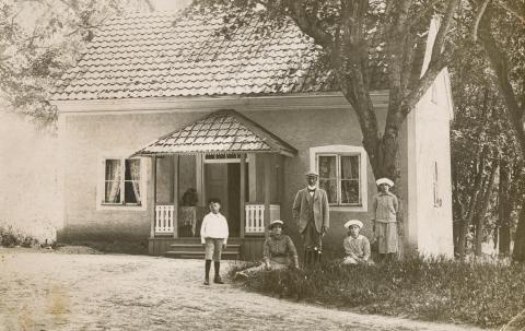 Kusken bodde intill Stora huset i eget hushåll