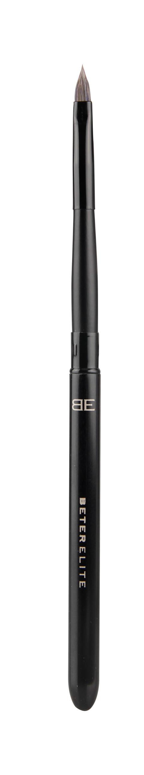 BE lip brush