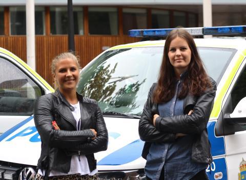 Therese Fleetwood och Felicia Joneby heter de två studenterna som skrivit ett kandidatarbete inom ämnet medieteknik på KTH.