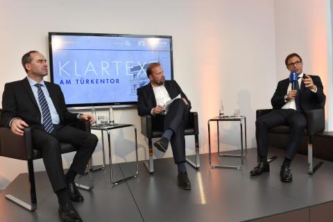 """""""Klartext am Türkentor"""" mit Wirtschaftsminister Hubert Aiwanger: Mittelstand macht Bayerns Wirtschaft stark"""